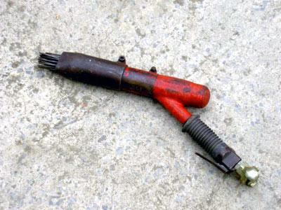Needle Scaling Gun